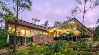 Modern New Home In Bush Setting, Western Australia, Features Teak, Local Stone And Concrete Floors
