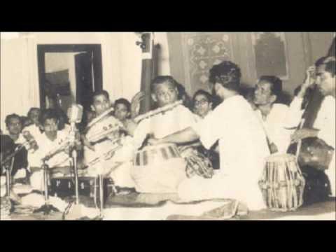 Pandit Pannalal Ghosh (Flute)... Raag Deepavali.