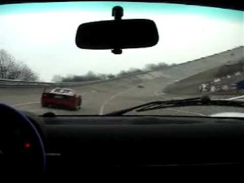 Lotus Elise S1 111s versus Ferrari F40 @ Montlhéry