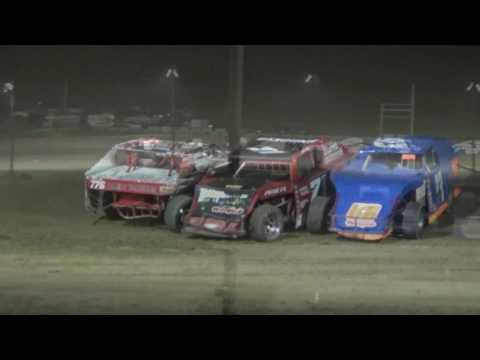 I.M.C.A. Feature Race  at Crystal Motor Speedway, Michigan on 07-01-17