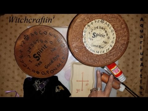 Witchcraftin' How to : Make a Witch Ouija Spirit Talking Board.  ☽☯☾ ☮✩