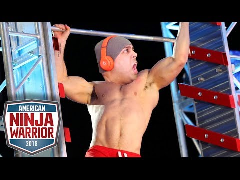 CAN MY THICC AHH MAKE IT THROUGH THESE OBSTACLES!? [AMERICAN NINJA WARRIOR]