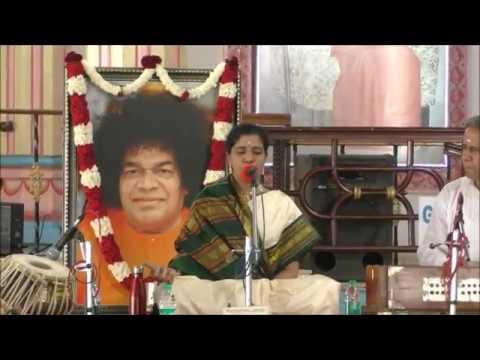 ONE WITH SAI: 28 October 2018 - Music Programme by Uma Maheswari & Party at Brindavan