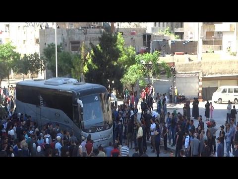 أخبار عربية - خروج الدفعة الأخيرة من مهجري #حي_برزة الدمشقي  - نشر قبل 1 ساعة