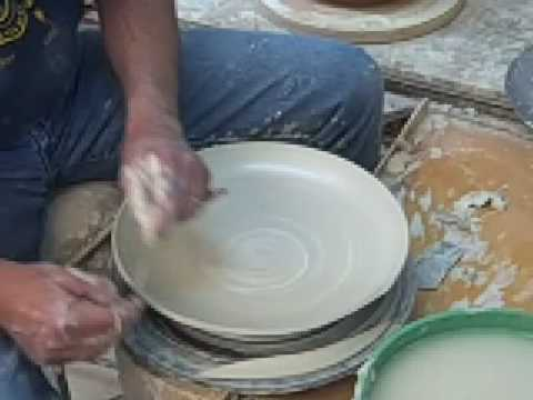 & How to throw a clay pottery porcelain square plate: part 1 - YouTube