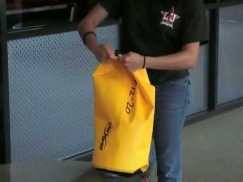 e8825a2db6e How to use a dry bag - YouTube