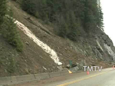 ROCK SLIDE AS IT HAPPENS - COFFEE CREEK  - TMTV KOOTENAYS