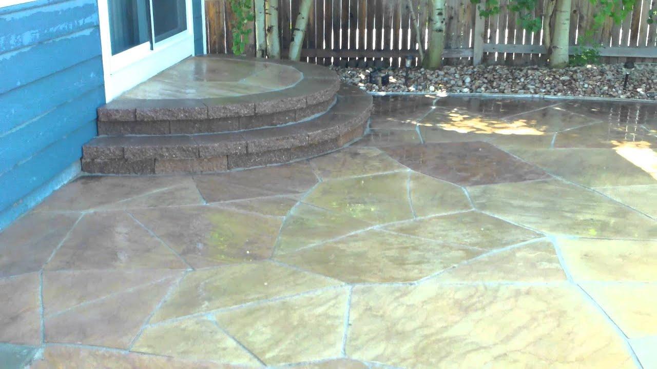 Buff Flagstone Patio Installed By Denver Landscape Contractor In Colorado