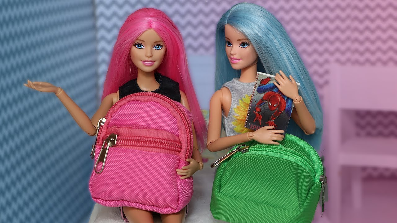 Barbie Back to School Tag Stop Motion with Kira and Rika