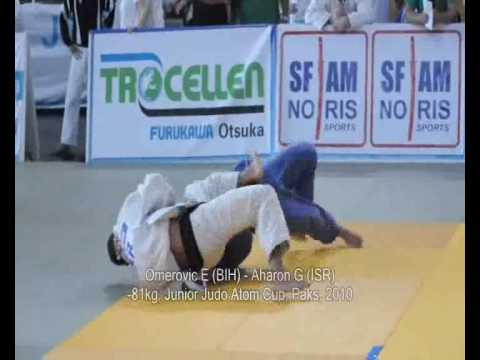 Judo 2010 Paks -81kg Omerovic E (BIH) - Aharon G (ISR)