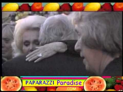 Celebrities grieve outside EVA GABOR funeral