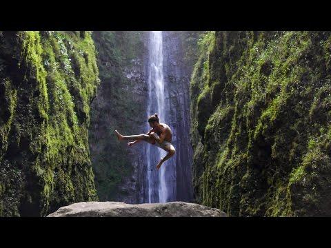 Exploring a Hidden 400 Foot Waterfall   Maui, Hawaii (vlog)