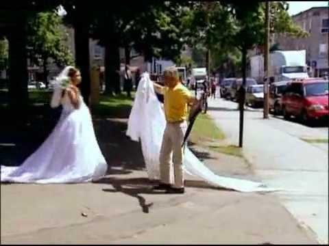 [Hài Hước Vô Đối] Cô dâu tuột váy cưới