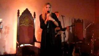 Lykke Li - Let It Fall (2009) Hollywood Forever