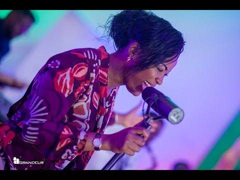 Ta Grandeur avec Sandra Mbuyi