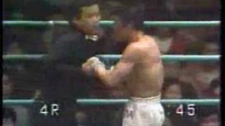 1972年 日本ウェルター級王座決定戦より、名試合との呼び声の高い富山勝...
