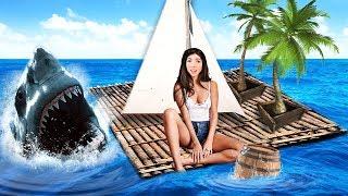 STRANDED IN THE OCEAN!! (Raft)
