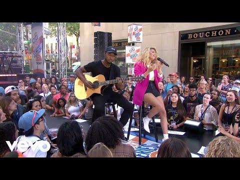 Смотреть клип Tori Kelly - Sorry Would Go A Long Way