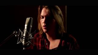 Max Buskohl (Live in the Studio)