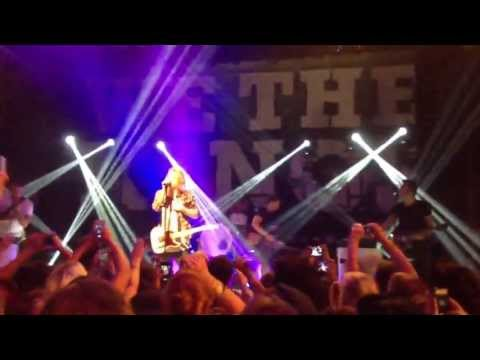 We The Kings - Find You There LIVE @House of Blues LA