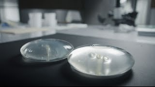 Breast implant safety - The Trouble is Skin Deep  (Enquête)