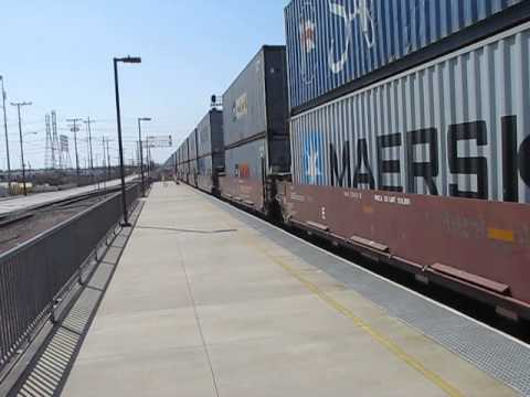 Eastbound BNSF Harbor Train passes through Commerce, CA.