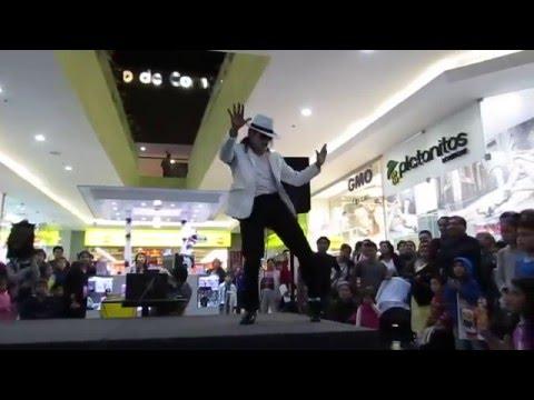 Michael Jackson Peruano Jhon Palacios: Smooth Criminal (Centros Comerciales)