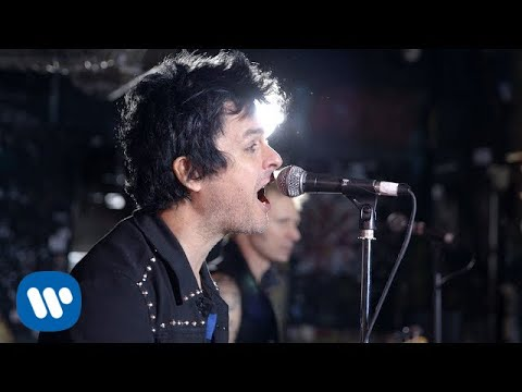 Green Day - Revolution Radio (Official Music Video)