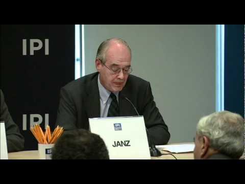 Environmental Migrants: Climate Change and Human Migration Panel at IPI