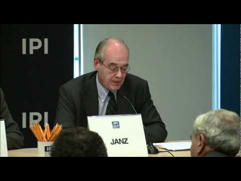 Environmental Migrants: Climate Change and Human Migration Panel at IPI