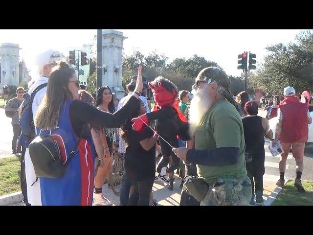 Satan goes to Voodoo fest! Halloween New Orleans