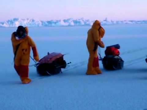 North Pole Trekking: Walking on thin ice