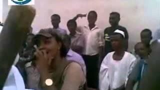 الفنانة مكارم بشير اغنية اول مرة تظهر بها