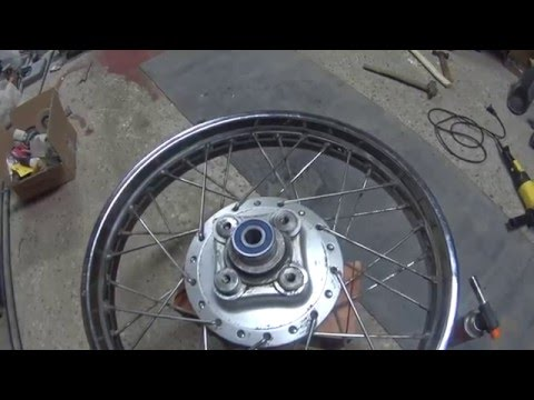 IRBIS TTR 250 крос давит полицейских - YouTube