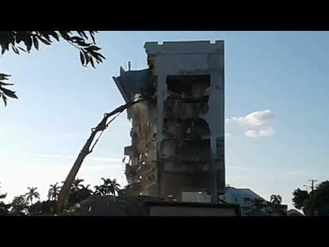 Demolision of Nassau Bahamas Post Office