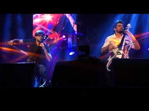 2CELLOS With Or Without You with Introduction Milwaukee
