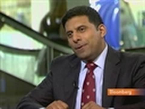 Sam Chandan Says Economy Helping U.S. Apartment Demand: Video