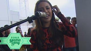 Download lagu AUREL HERMANSYAH NYANYI SAMBIL NGE DJ! SEMUA ORANG LANGSUNG JOGET!  - RUMAH MAMA AMY (27/9)
