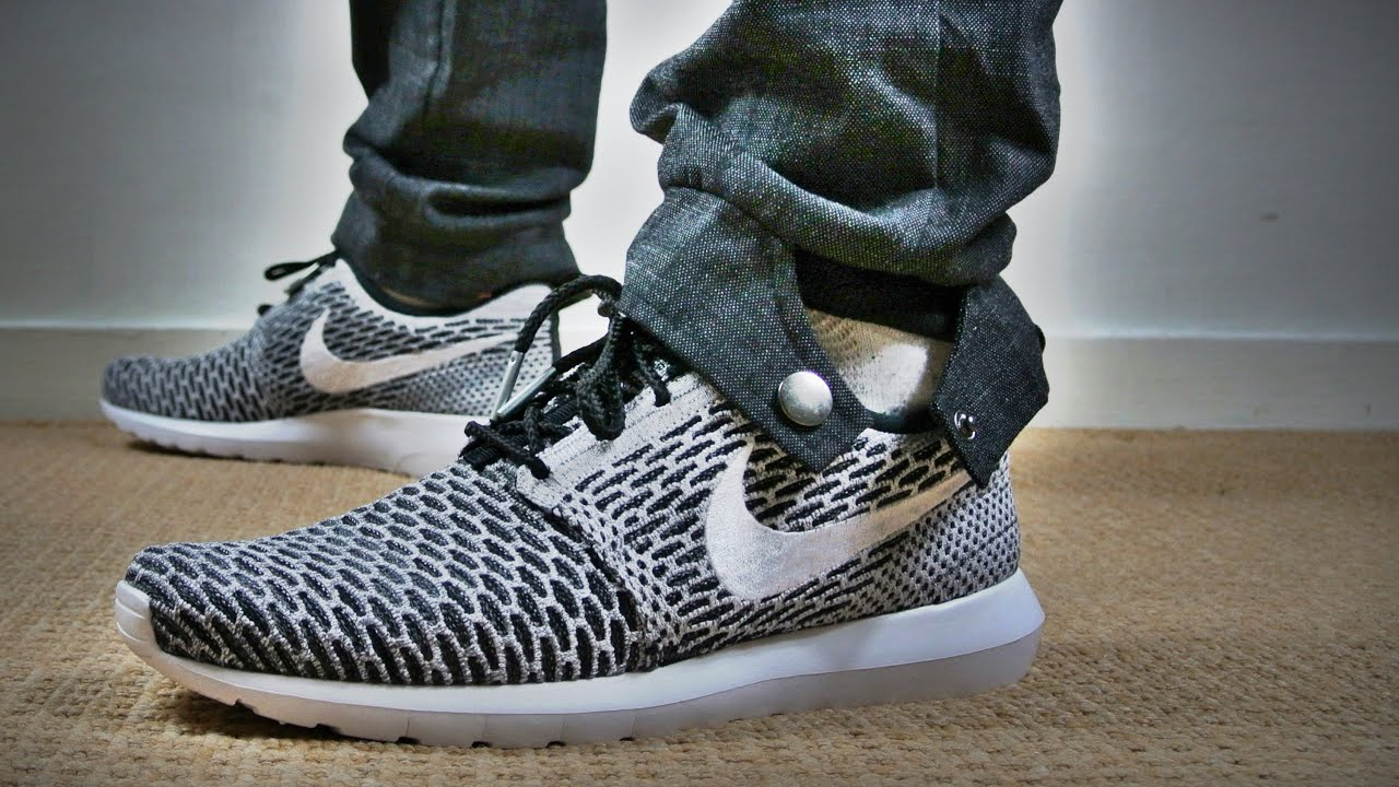 Roshe Run Flyknit White