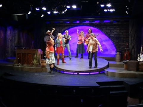 """""""Ring of Fire"""" musical returns to Plymouth Playhouse"""
