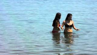 Дикий пляж,Турчанки на диком пляже Ичмелер