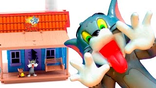 Том и Джерри. Открываем игрушечный дом.(Том и Джерри. Сегодня у нас игрушечный дом с ловушками. Вам нравится мультик том и джерри? Нам тоже нравится,..., 2015-12-06T07:00:01.000Z)