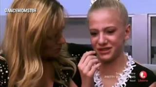 Dance Moms: Kelly and Christie Fight + She SCREAMS at Paige and Maddie (S3. E21)