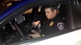 Cop Parked Illegally, Gets Taste Of Own Medicine!!