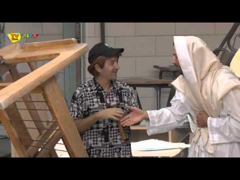 שלומי (וסתם) לניאדו והשחקן אסף - הוי דן