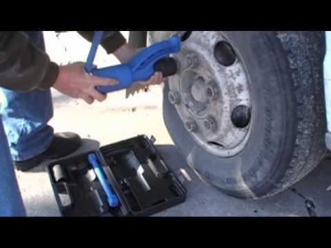 SEMI TRUCK BUS MOTORHOME RV LUG WRENCH TORQUE MULTIPLIER NO IMPACT OR COMPRESSOR NEEDED