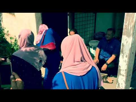 YB Khairy Jamaluddin menyantuni pengundi sekitar Kg Jln Sg Lalang, Semenyih