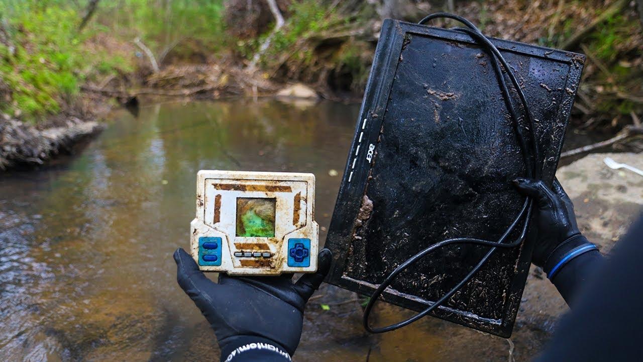 river-treasure-found-computer-tv-video-games-trailer-park-edition