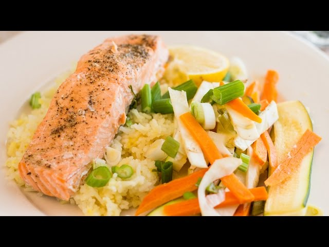 Oven Steamed Salmon with Vegetables (Healthy Valentines Day Meal!)