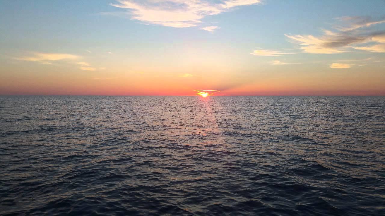 Deep sea fishing off the coast of naples fl youtube for Deep sea fishing naples fl
